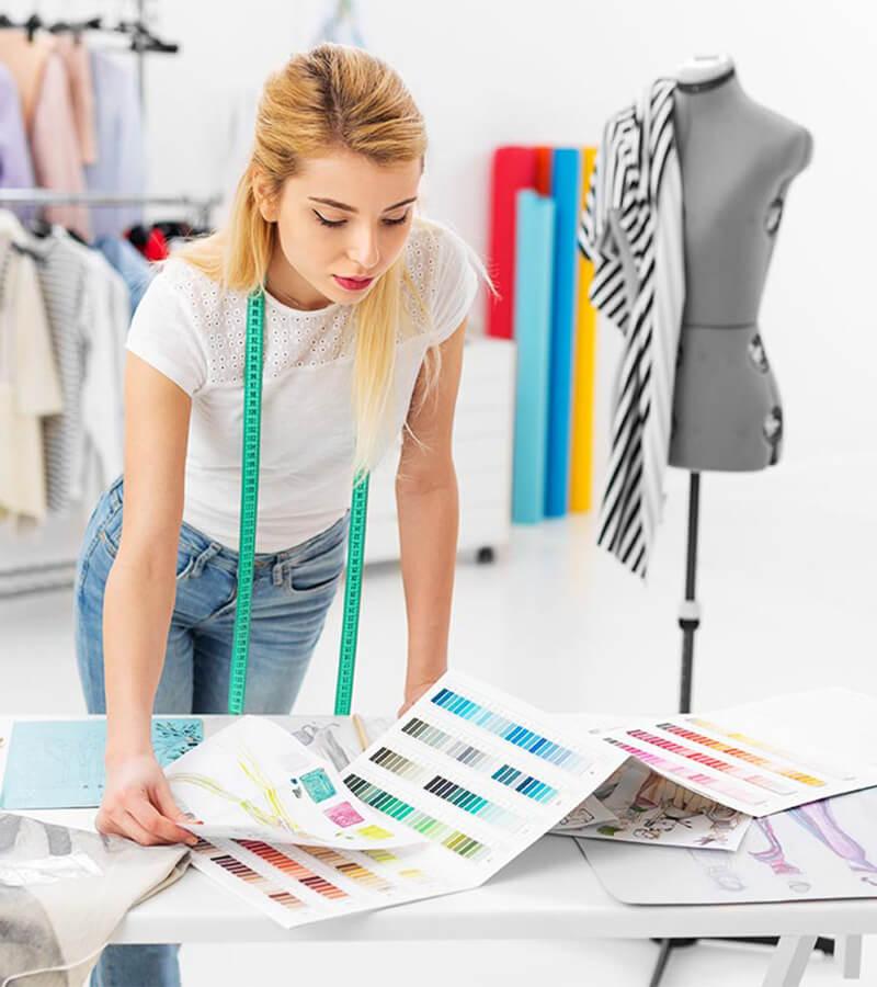 Cách phối màu quần áo cực chuẩn dành cho phái đẹp