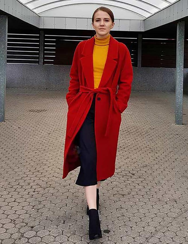Quần Culottes với một chiếc áo khoác trench coat dáng dài