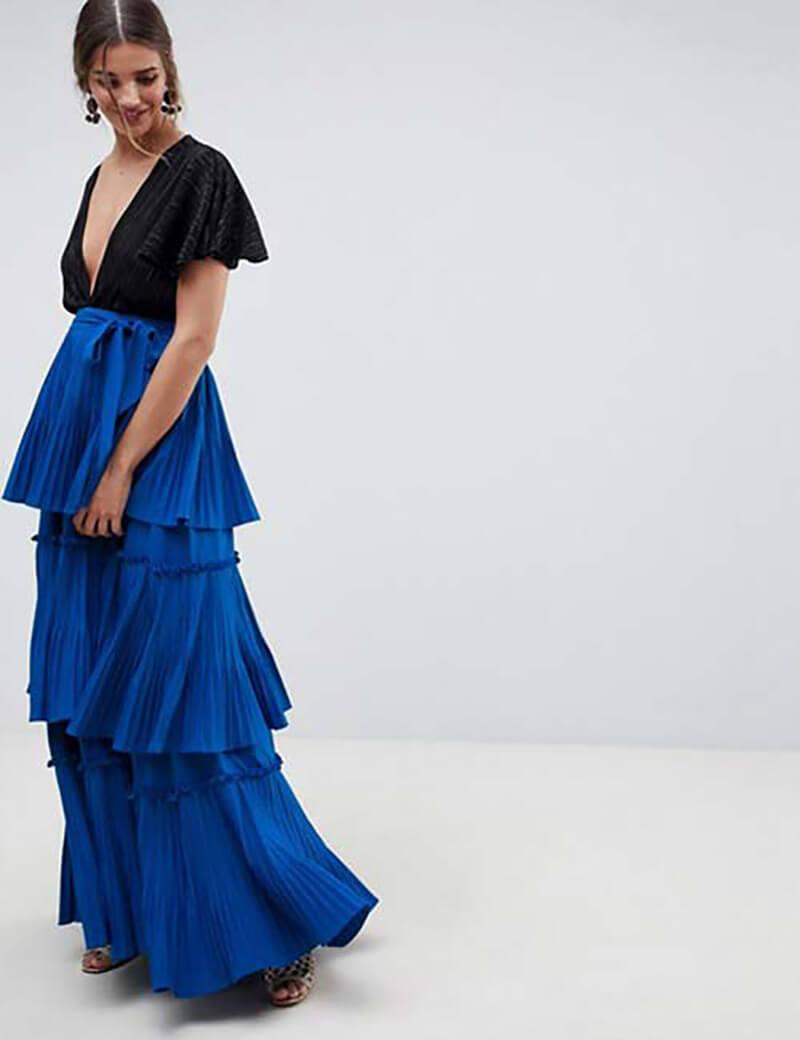 Váy xếp ly màu xanh hoàng gia