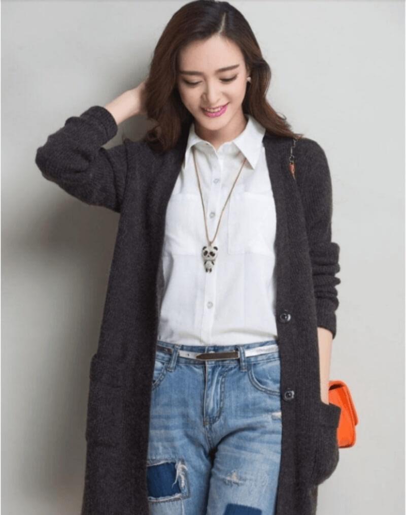 Thanh lịch với áo sơ mi quần jeans và áo khoác len dáng dài