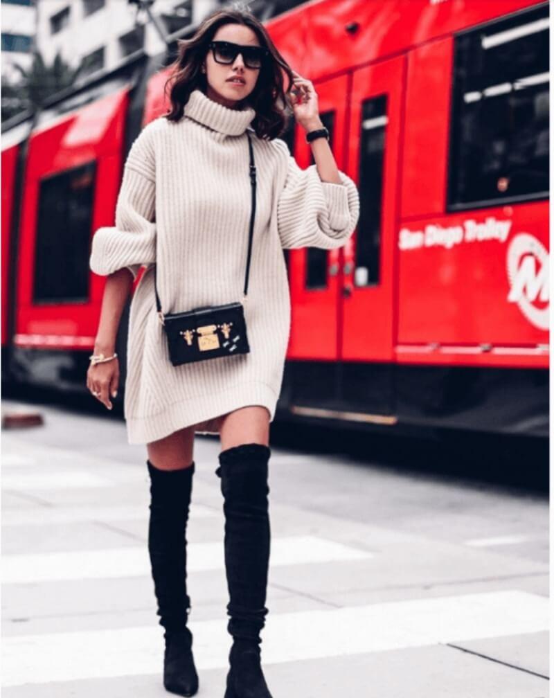 Giày boot cổ cao phối với đầm len ngắn