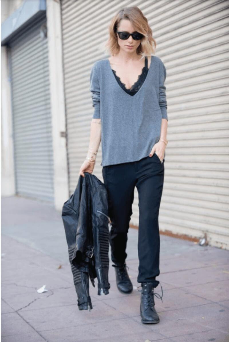 Tự tin xuống phố cùng bralette và áo phông đơn giản
