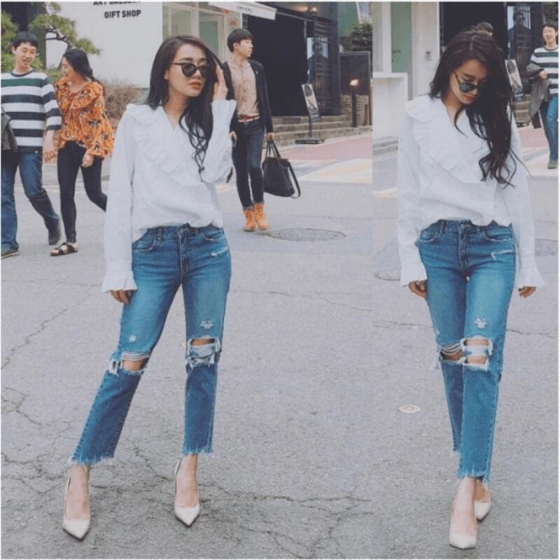 Quần jeans rách phối với áo sơ mi
