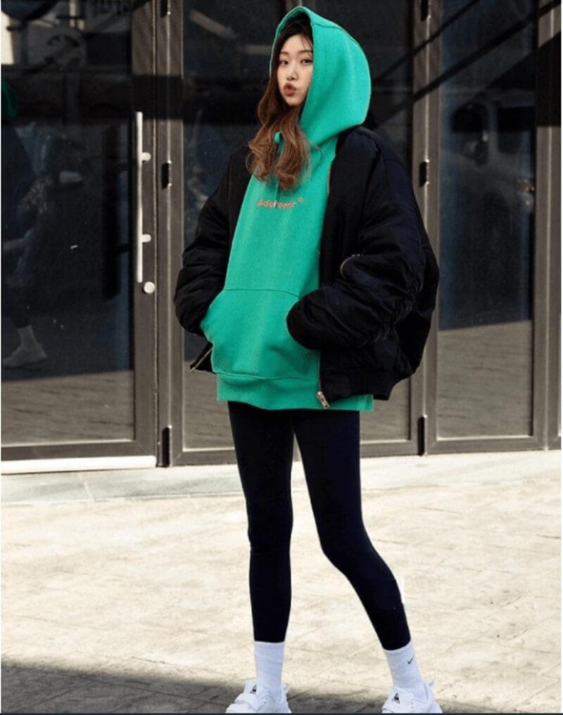 Quần legging phối với áo hoodie