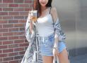10 Cách phối đồ với quần short nữ cho bạn gái năng động trẻ trung