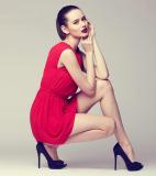 Cách phối màu cùng trang phục tông đỏ