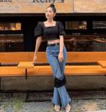 Những cách phối đồ với quần jeans ống loe siêu cá tính và sành điệu